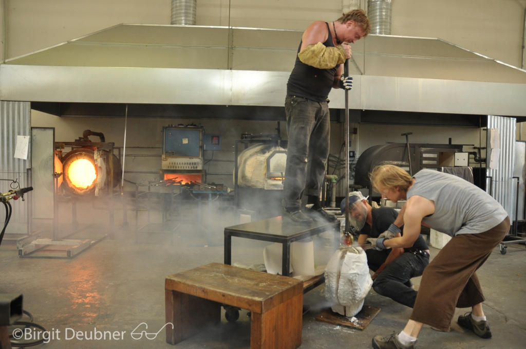 Casting at Glow Glass Studio with Alex Abajian, Ivan and Jason