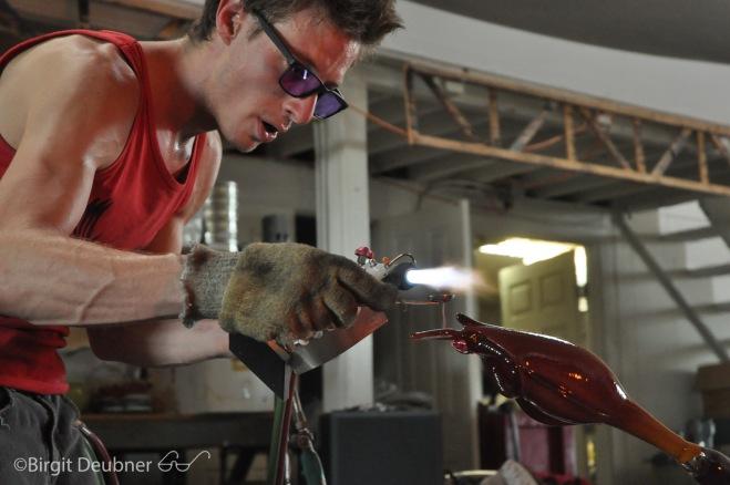 Evan Kolker at work, making a pitcher plant, September 2015 @ Glow Glass Studio in Oakland