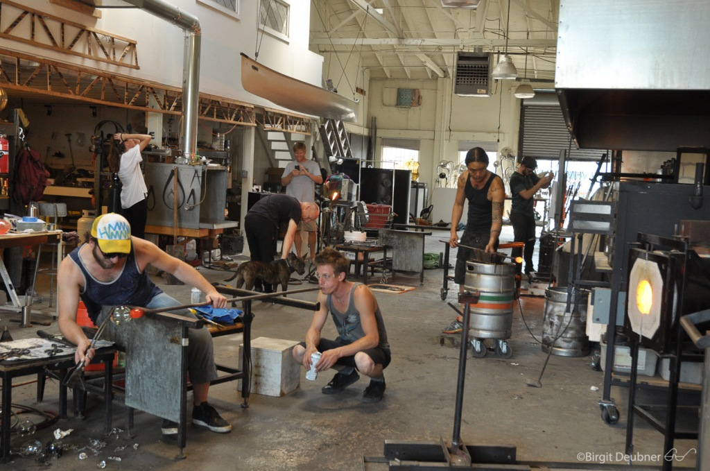 Glow Glas Studio in Oakland, California, full of activity!