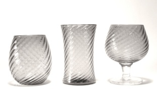 concave and convex drinking glasses